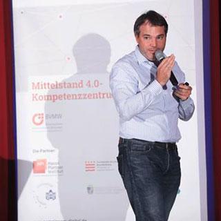 Florian Heinemann bei seinem Vortrag
