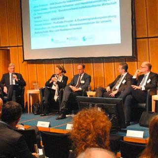 BVMW-Chef-Volkswirt Dr. Hans-Jürgen Völz vertrat den Mittelstand auf dem Nationalen Ressourcen-Forum (NRF) des Bundesumweltamtes