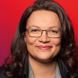 Portrait von Bundesarbeitsministerin Andrea Nahles