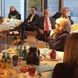 Auf dem parlamentarischen Frühstück im Deutschen Bundestag