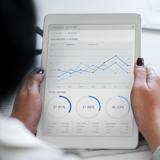 Mittelständler auf der Suche nach einer Finanzierung werden heute auch im Internet fündig.