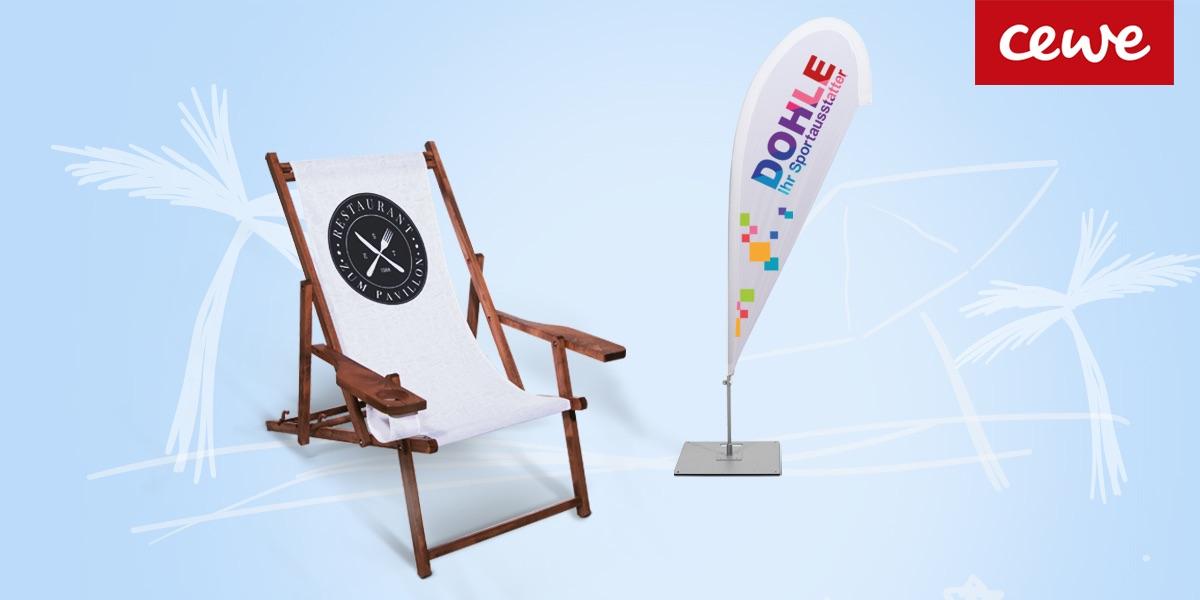 Unsere Beachflags grüßen bereits aus der Ferne und unsere Liegestühle sind die idealen Schattenplätze in jeder Beachbar, im Café oder auch im Geschäft.