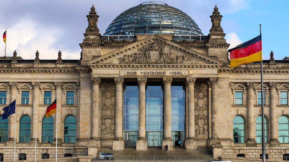 Deutschland braucht jetzt eine zukunftsorientierte, handlungsfähige und reformorientierte Bundesregierung.