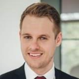 Portraitbild von Rechtsanwalt Kristian Tomczak